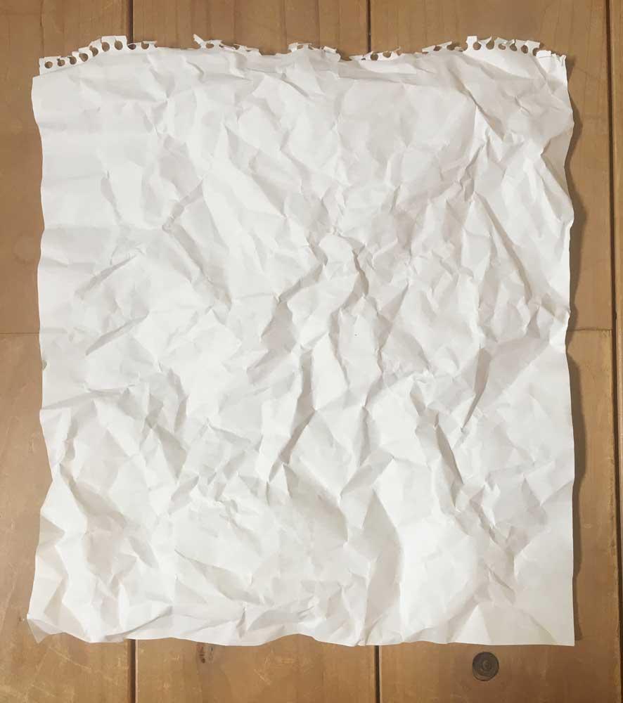 しわくしゃの紙